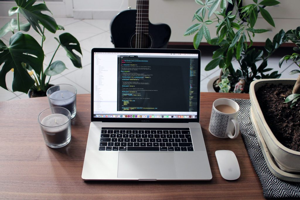 WordPress oder Wix – welcher Website Builder passt zu unserem Portal