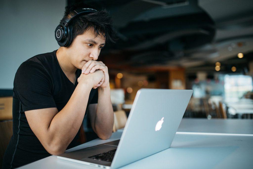 Individuelle Inhalte zum Online Erlernen deines Musik-Instruments