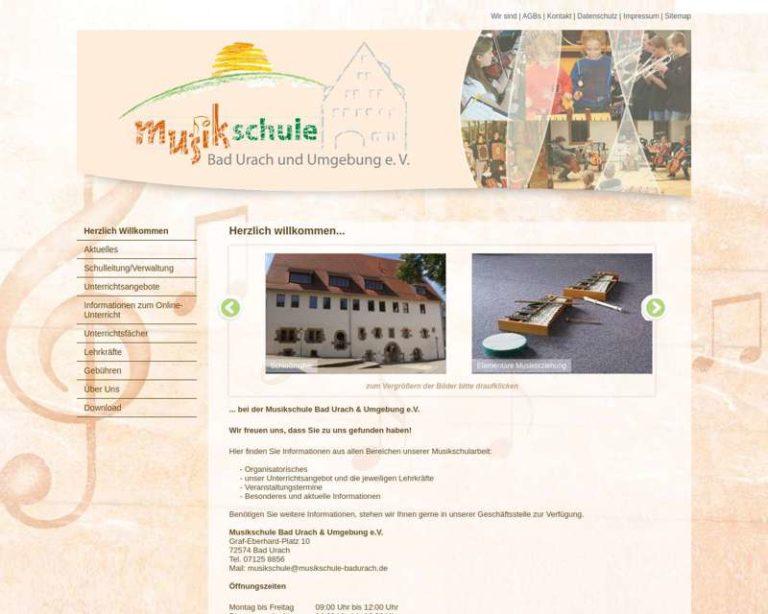 Screenshot (middle) http://www.musikschule-badurach.de