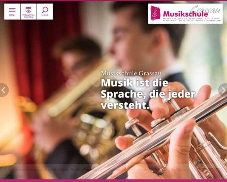 Screenshot (middle) http://www.musikschule-grassau.de