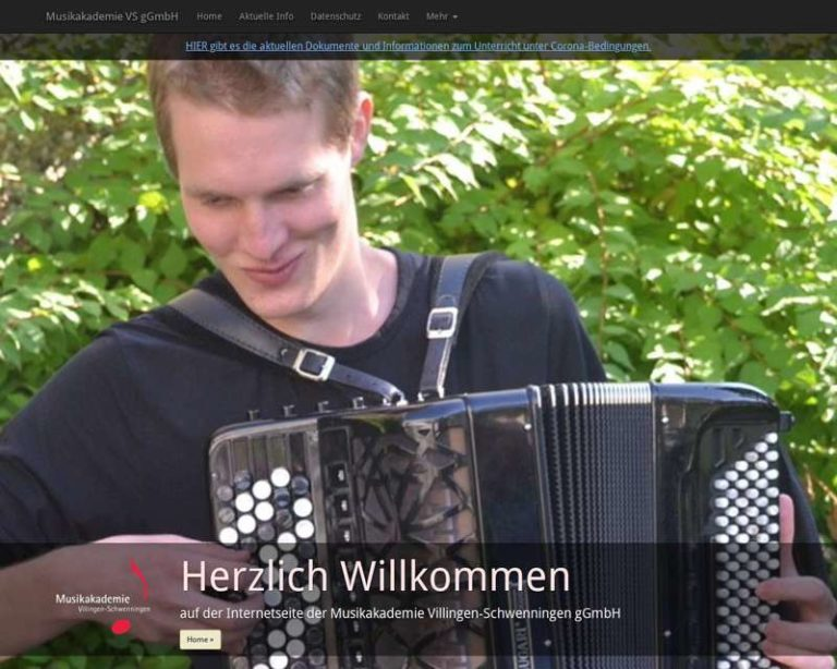 Screenshot (middle) http://www.musikakademie-vs.de