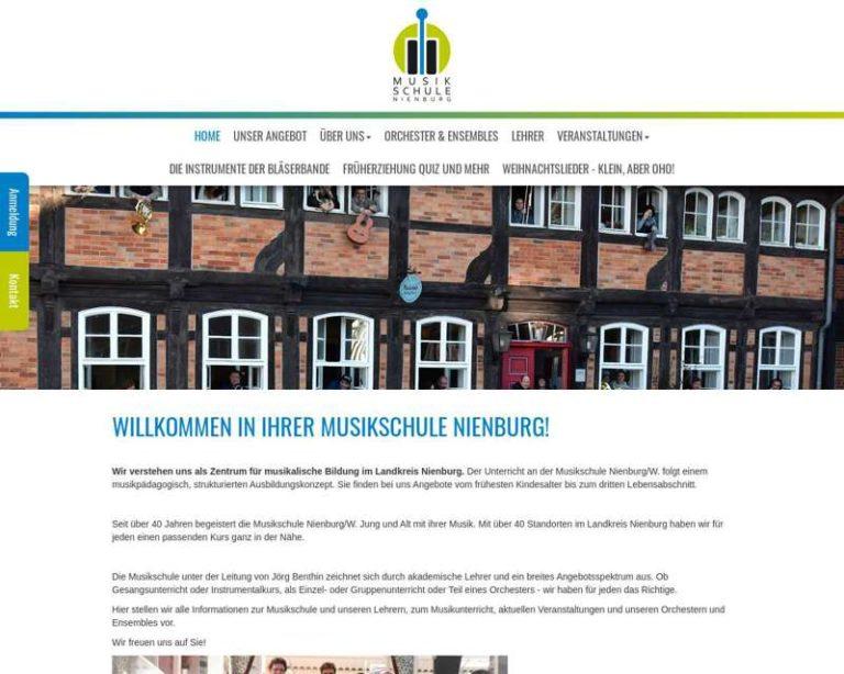 Screenshot (middle) http://www.musikschule-nienburg.de